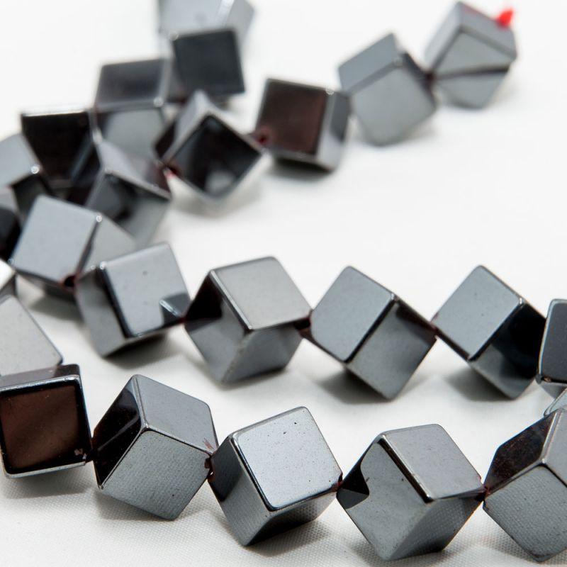 Hematit cuburi 10 mm diagonala - magazinuldepietre.ro