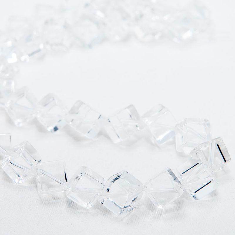 Cristal stanca cuburi 8 mm diagonala - magazinuldepietre.ro