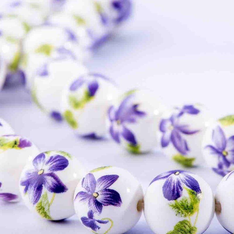 Ceramica flori mov sfere 14 mm - magazinuldepietre.ro