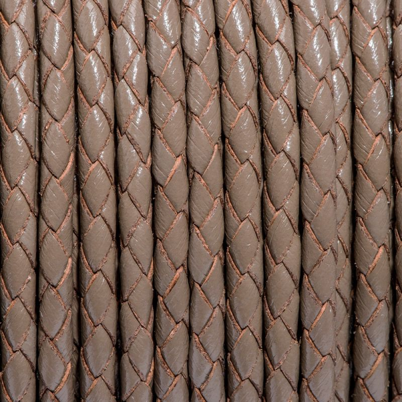 Snur piele impletit rotund 3 mm maro - 1 m - magazinuldepietre.ro