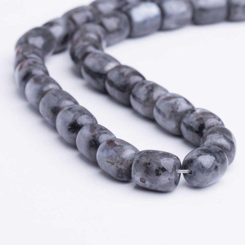 Labradorit negru tuburi 9x10 mm - magazinuldepietre.ro