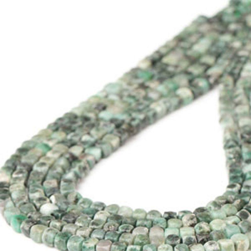 Smarald cuburi fatetate 5 mm - magazinuldepietre.ro