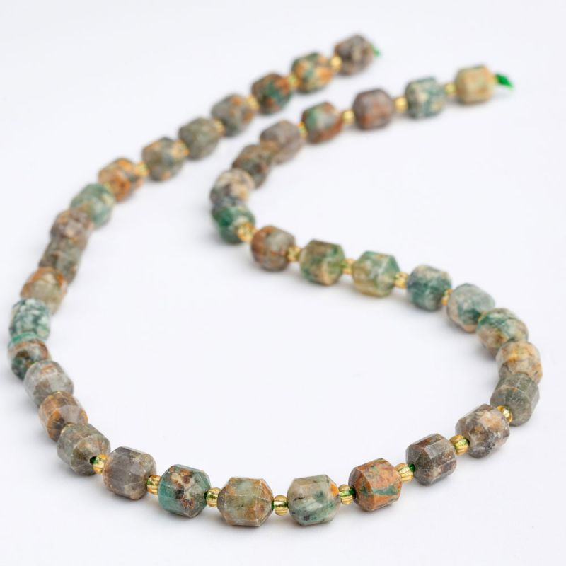 Smarald butoiase fatetate 8 mm - magazinuldepietre.ro