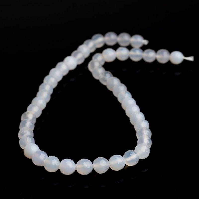 Agat alb sfere fatetate 8 mm - magazinuldepietre.ro